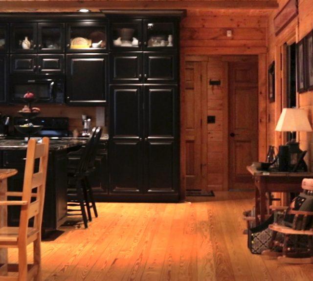 interior of log home dillsburg pa
