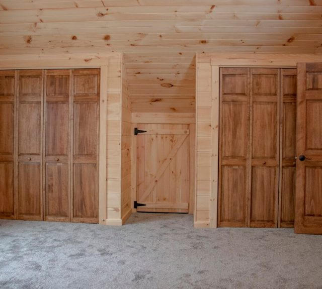 log cabin bedroom plans with two closets