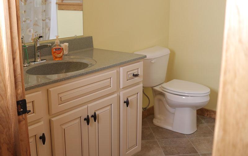 affordable log home bathroom design